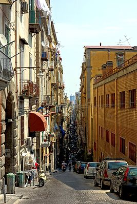 267px-Naples_spaccanapoli